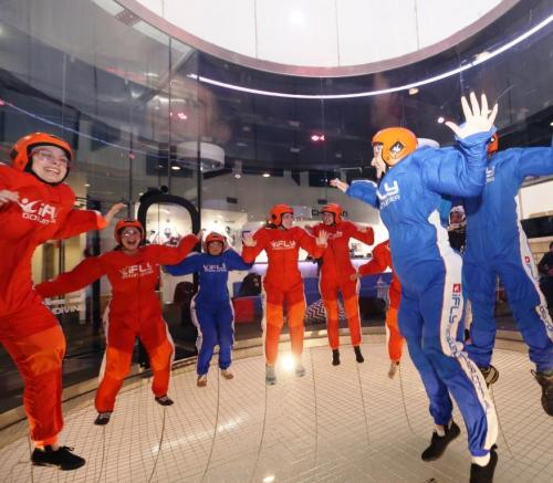 Blonde Tourist blogger at iFLY Downunder Penrith (10) -Group shot
